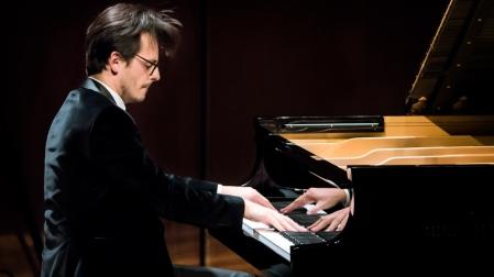 Jan Piano new
